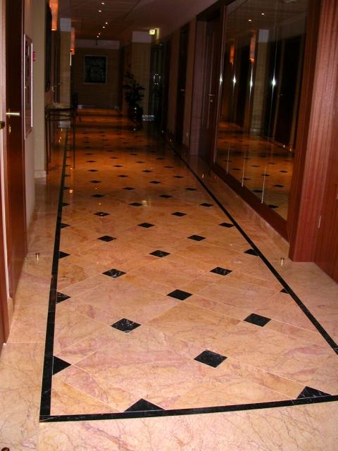 Marmurinės grindys