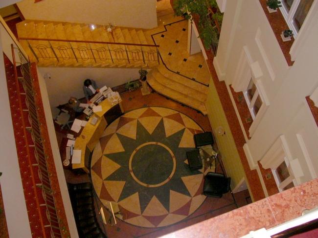 Marmurinės grindys 2