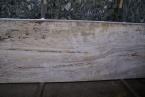 Travertino Dore Plokštės matmenys 310 x 100 cm. Storis 3 cm. Pjautas, neužpildytas.